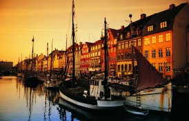 Nyhavn  i eftermiddags sol